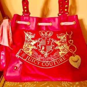 JUICY COUTURE PINK VELVET HANDBAG